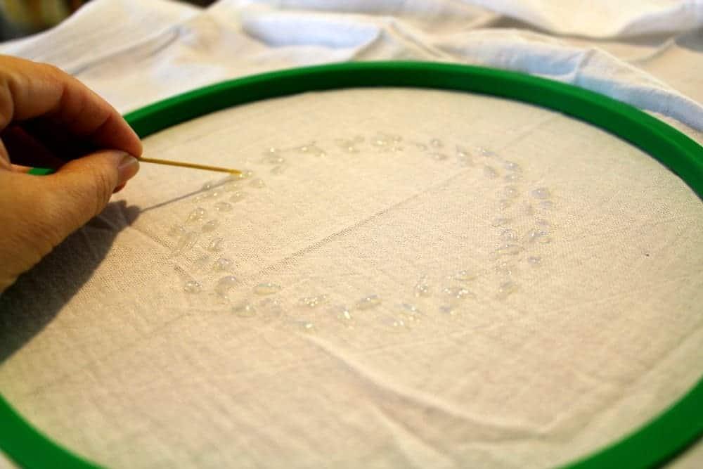 Tea-towel-glue-toothpick