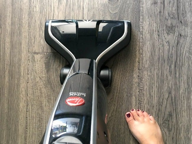 Cleaning Hack - Hoover linx vacuum