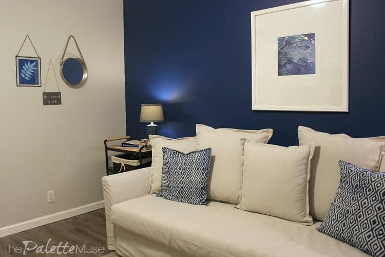 Khaki and blue accents in this home office/guest room makeover